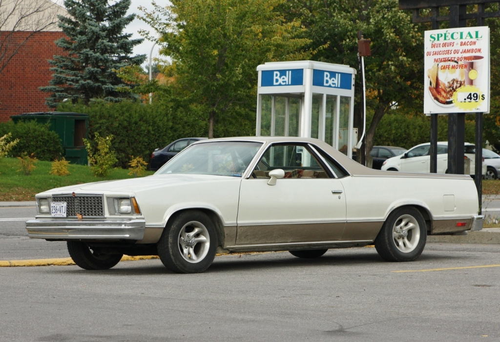 1978-79 Chevrolet El Camino, spotted in Hull, Quebec.