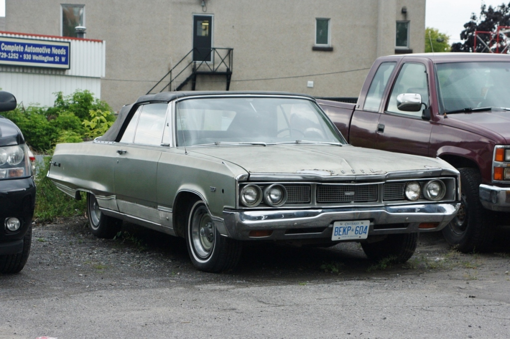1968 Dodge Monaco 500 convertible, spotted in Ottawa, Ontario.