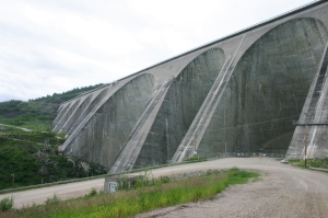 Hydro-Quebec's Manic-5 hydroelectric dam (212 km north of Baie-Comeau) holds back the massive Manicouagan Reservoir.