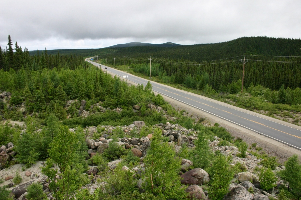The Quebec-Labrador border (in distance, at curve) appears after 570 km of Route 389. This is Labrador's only overland road link to the rest of Canada.