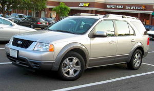 Circa-2007 Ford Freestyle (Image: IFCAR/Wikimedia Commons)