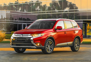 """You think yours is big? Getta load of this!"" - 2016 Mitsubishi Outlander (Image: Mitsubishi Motors North America)"
