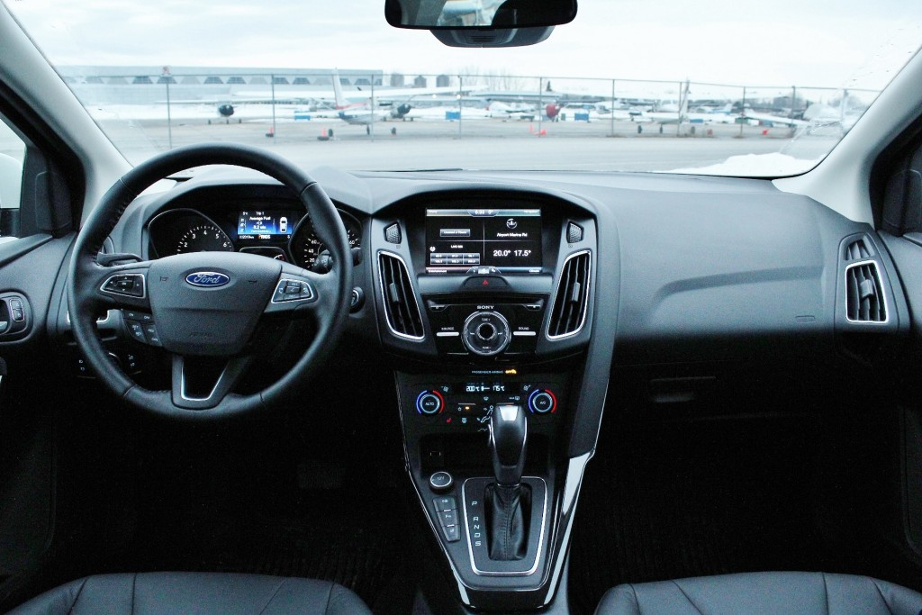 A little more black, a little less busy. That's what Ford accomplished with the dash of the Focus during its makeover.