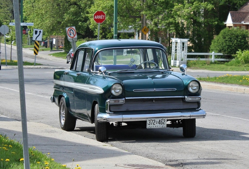 1961 Envoy F-Series, spotted in Gatineau (Hull Sector), Quebec.