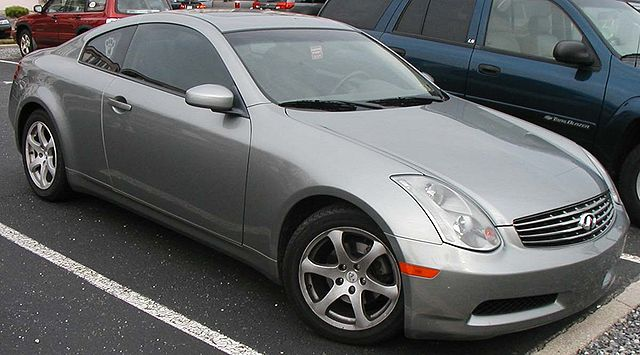A circa-2006 Infiniti G35 coupe. You'll hear it before you see it. (IFCAR/Wikimedia)