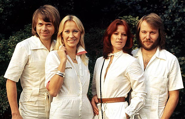 abba_jumpers_white[1]